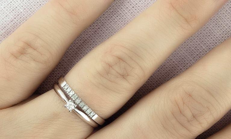 De trend van 2019! Fijne gouden ringen met diamant.