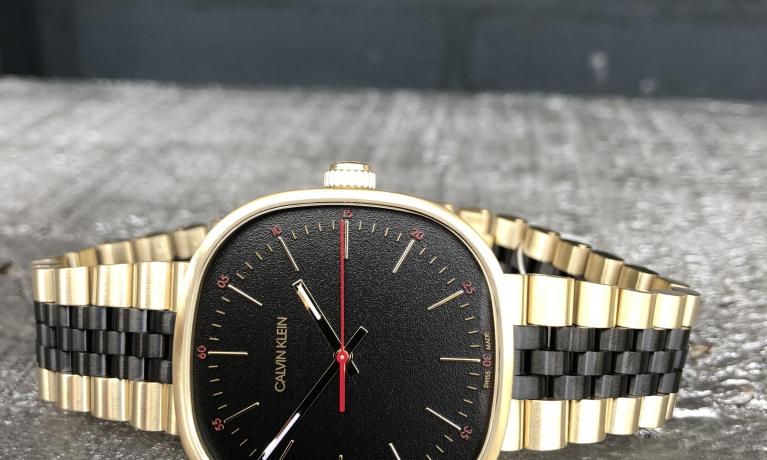 Nieuw van Calvin Klein. Super leuk horloge voor zowel dames als heren.