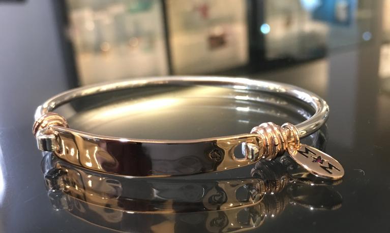Dodo armband vermaakt in ons eigen atelier.