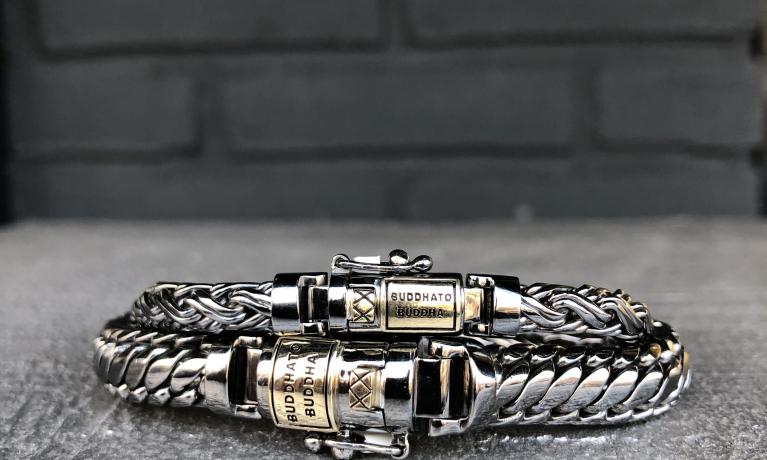 Buddha to buddha nieuwe collectie. Black rhodium schine met goud. Een prachtige combinatie met een unieke uitstraling.