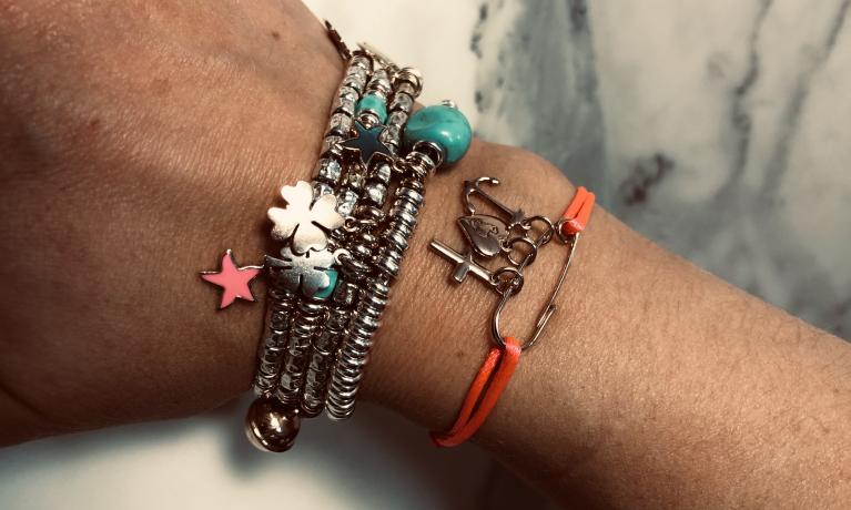 Mooie verzameling DoDo armbanden.
