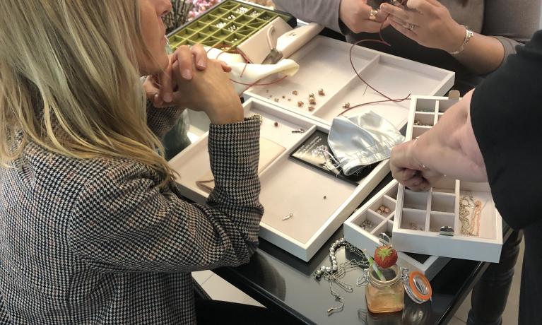 Super leuke DoDo clinic gister in de winkel. Zelf je sieraden samenstellen. Met DoDo maak je zelf een sieraad helemaal naar je eigen smaak.