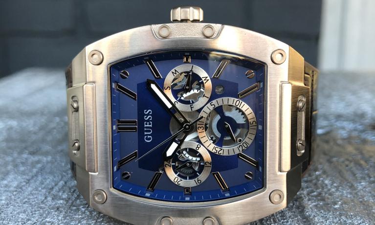 Nieuw model guess heren horloge.