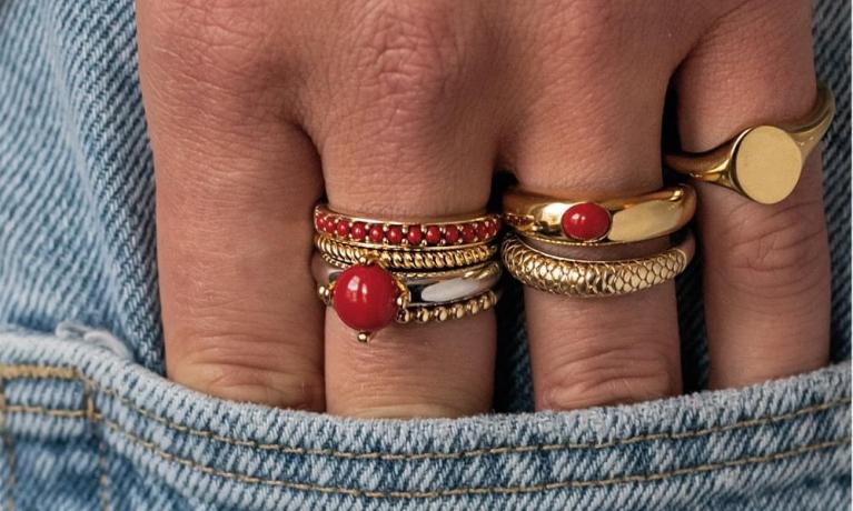 Ti Sento Milano heeft een hele grote collectie ringen in vele stijlen. Super leuk om los te dragen, maar natuurlijk nog leuker om ze te combineren.
